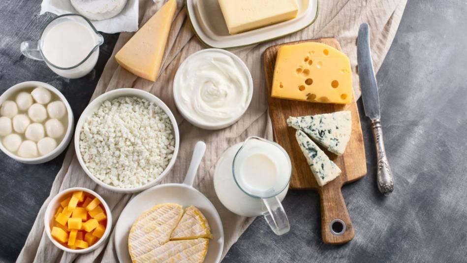 Auf der Suche nach Sattmachern dürfen Milchprodukte auf deinem Speiseplan nicht fehlen.